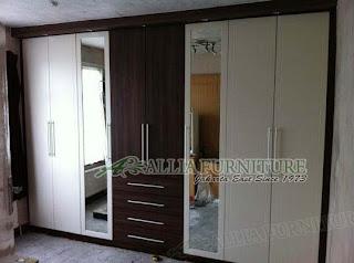 lemari minimalis model tanam atau built in