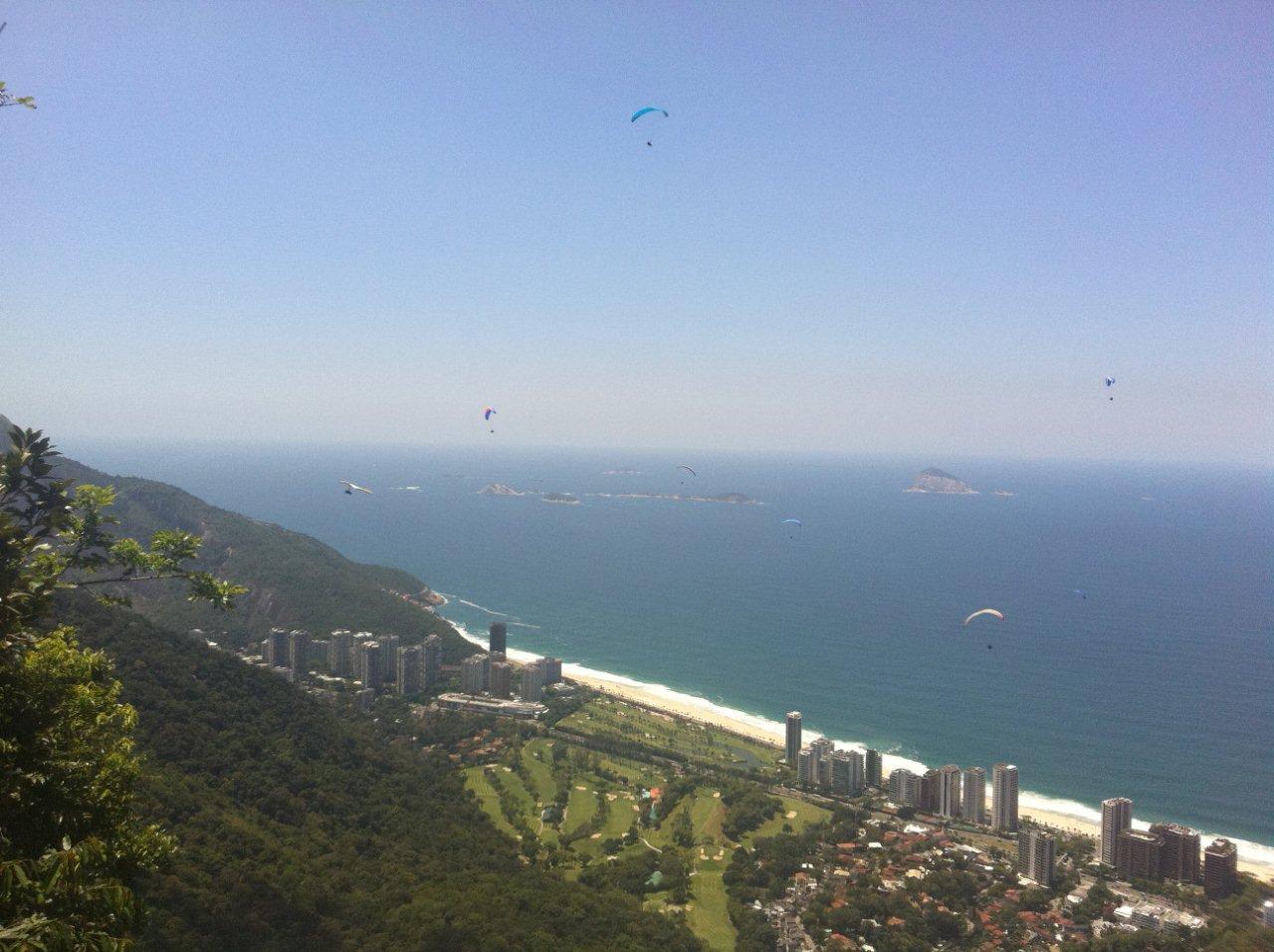 Vôo de Asa Delta em São Conrado Rio de Janeiro por Omar Cassol  #325B99 1280x956
