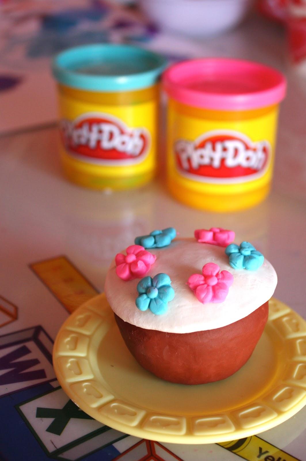 Cake Making Station Play Doh