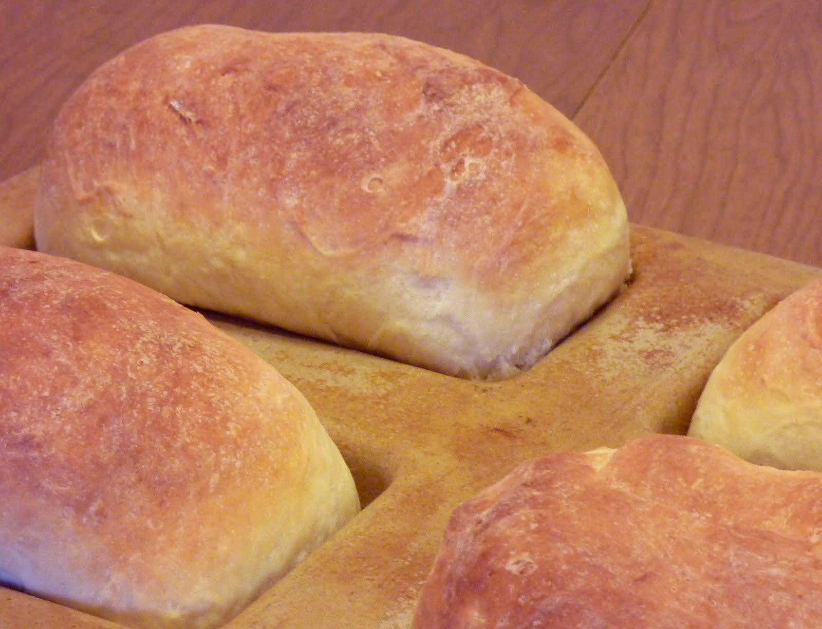 heart.yum.: mom's award-winning country white potato bread