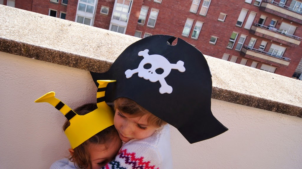 La forma delle nuvole  Cappello da pirata da fare in 10 minuti 7ec579477aa1