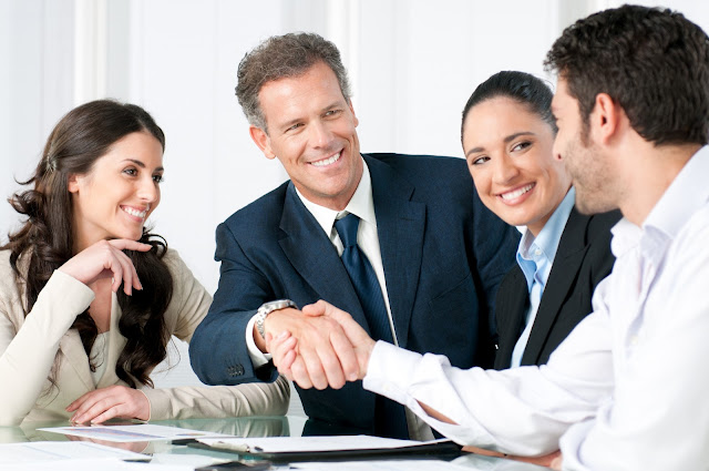 4 Things Your Employees Will Expect from Your New Business