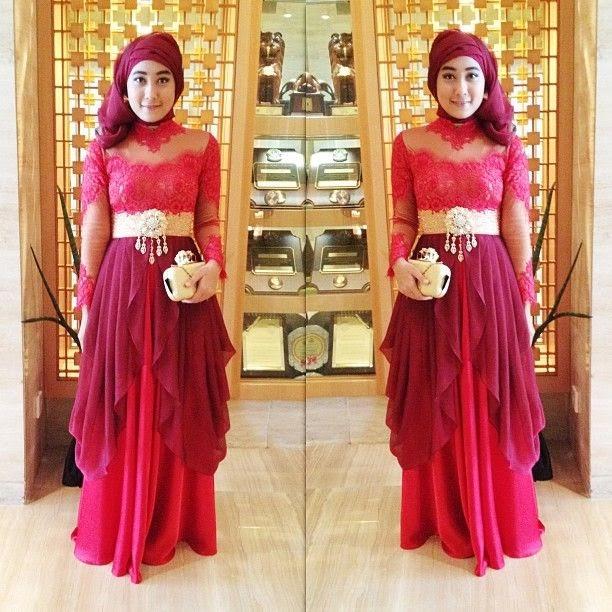 Modern Kebaya Hijab - International Kebaya Batik Modern