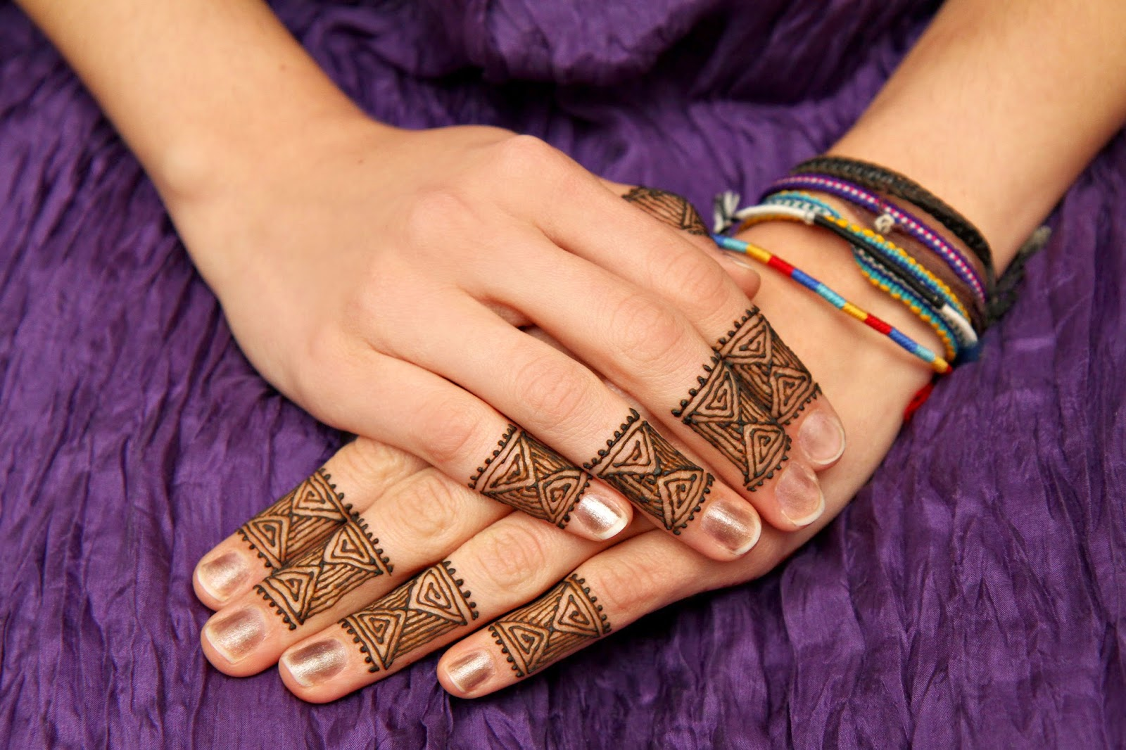 Here Are Daily Updates Women And Girls Fashion Moroccan Henna