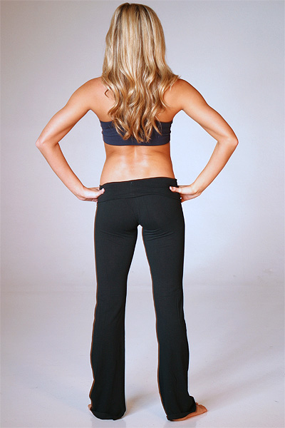 Enjoy the Sizzling Variety of Yoga Pants for Women