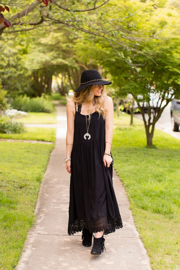 Hippie dress with Eyelet Trim
