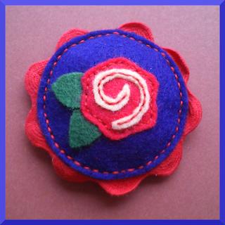 broche fieltro camafeo flor