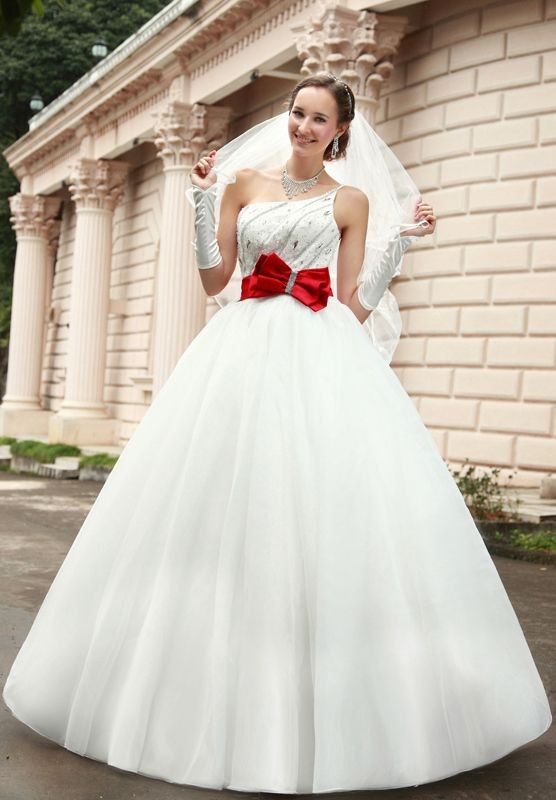 WhiteAzalea Ball Gowns: Ball Gown Wedding Dresses with Colored Sashes