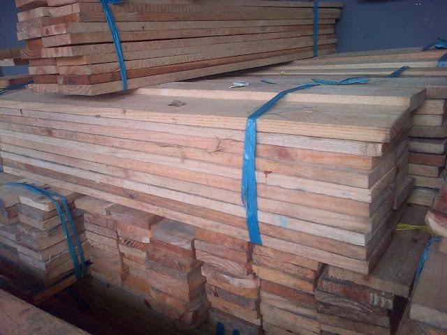 harga kayu jati belanda