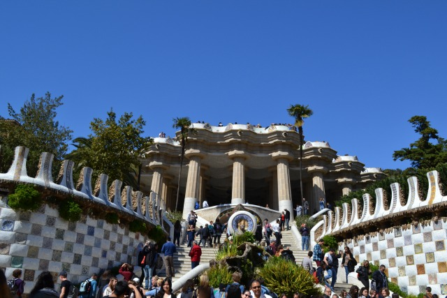 barcelona guell park gaudi
