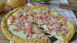 http://sapurisicilianu.blogspot.it/2015/06/crostata-di-zucchine-e-patate-con.html