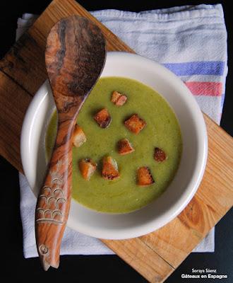 potage courgettes soupe courgette crouton puree recette legumes saine maigrir