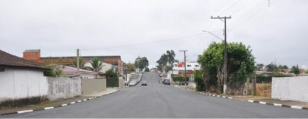Rua Nelson Brihi Badur em Registro-SP