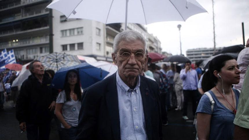 Ο Μπουτάρης νοικιάζει 100 σπίτια για να βάλει μέσα πρόσφυγες!!! Θα τους βάλουν και στα κατασχεμένα σπίτια των Ελλήνων..