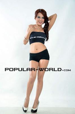 Foto Seksi Anggita Sari Di Majalah Popular
