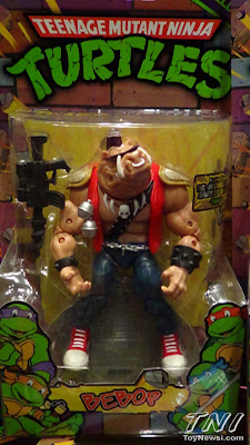 Playmates Teenage Mutant Nunja Turtles Classics Bebop Packaged Figure - Power-Con Display