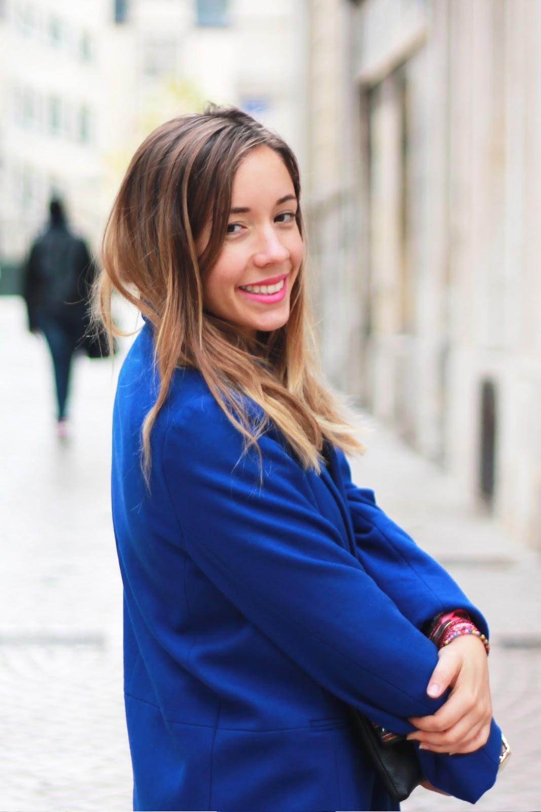 Manteau bleu foncé