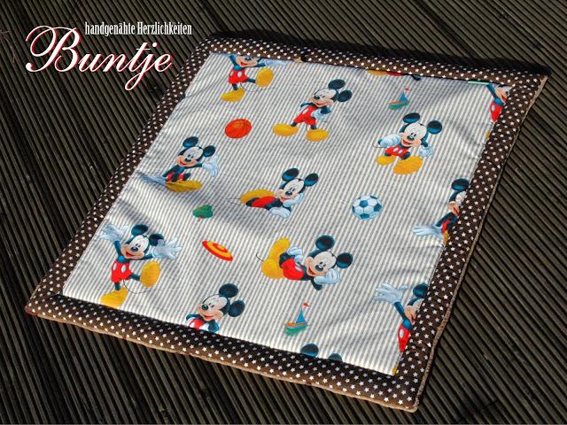 Krabbeldecke Decke Kuscheldecke Baby Name Geschenk Geburt Taufe persönlich personalisiert Mädchen Junge braun beige Mickey Mouse Disney handmade nähen Buntje