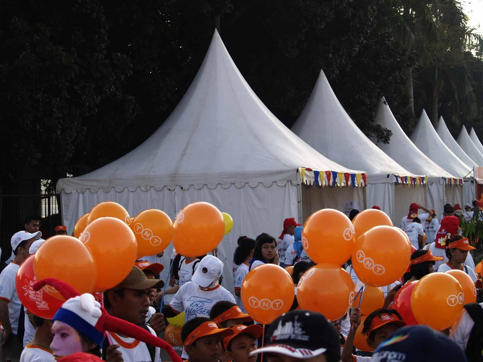 Tenda Sarnafil untuk Pameran TNT