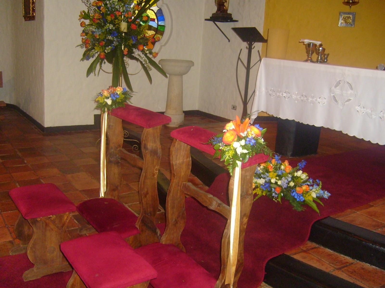 Decoraci n floral aura rosa camacho matrimonio flores naranja - Camacho decoracion ...