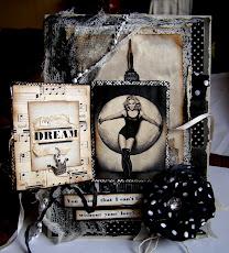 Победитель и ПД с открыткой о Мадонне