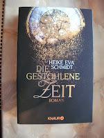 http://www.amazon.de/Die-gestohlene-Zeit-Heike-Schmidt/dp/3426513110/ref=sr_1_1?s=books&ie=UTF8&qid=1444906629&sr=1-1&keywords=die+gestohlene+zeit