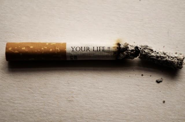 Cegah Katarak dengan Berhenti Merokok