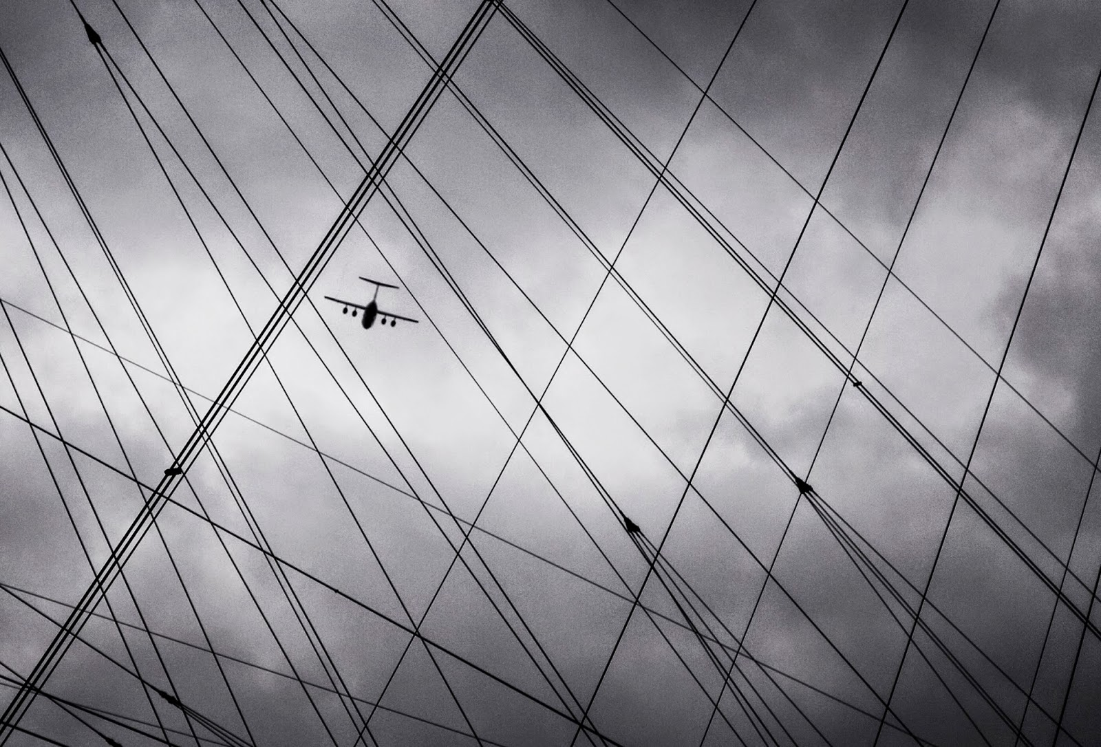 O2 London, Airplane, City Sky
