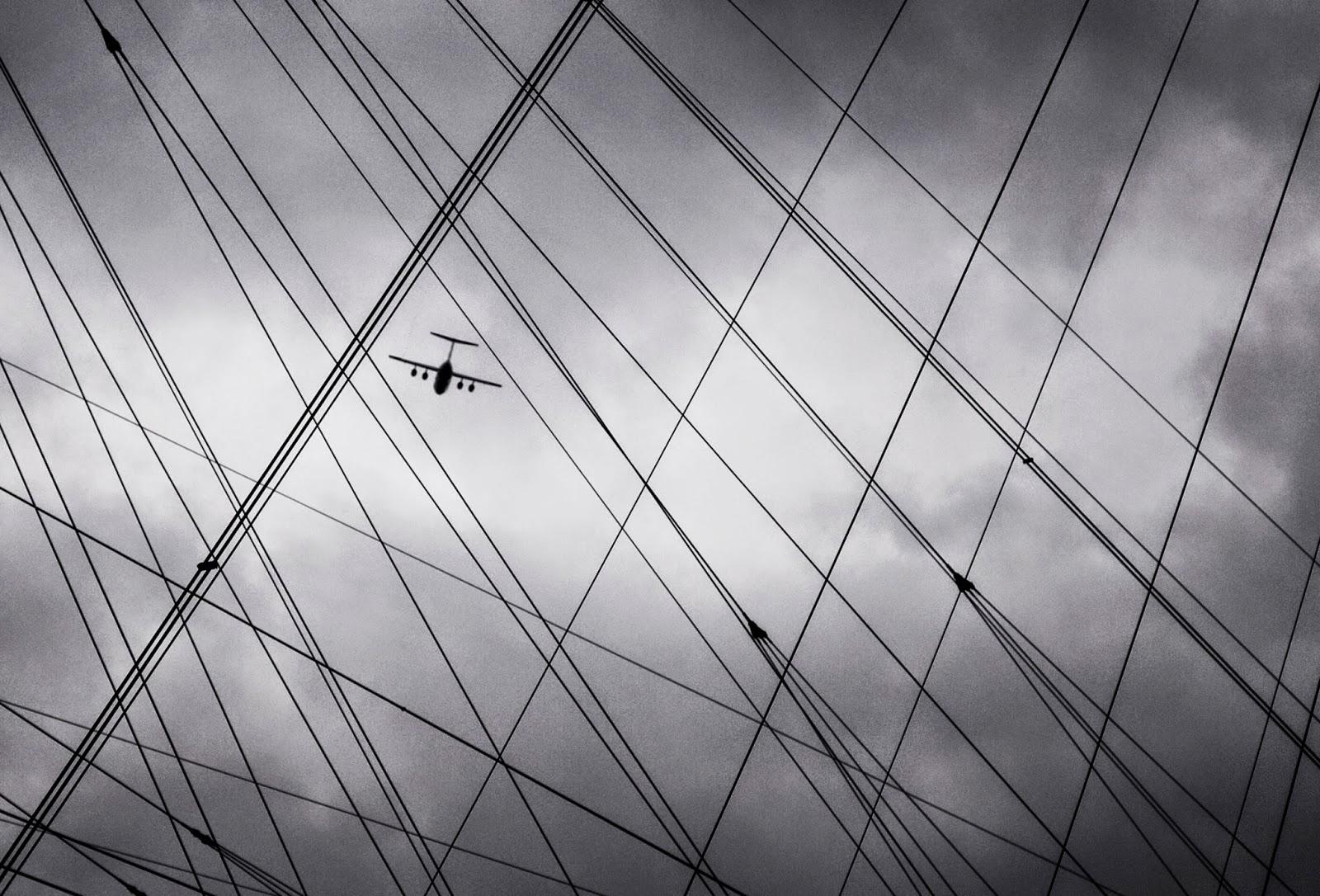 O2 London, Airplane, City Sky