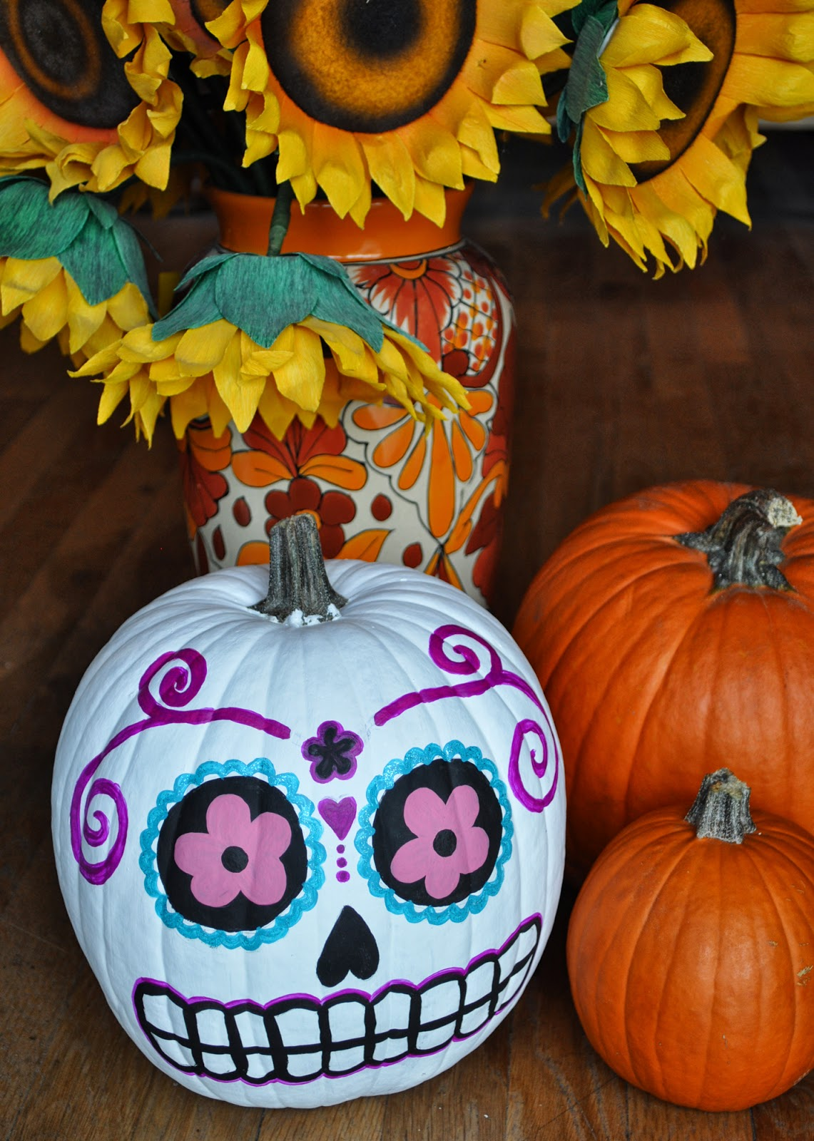 Artelexia day of the dead diy 18 sugar skull pumpkins - Cute pumpkin painting ideas ...