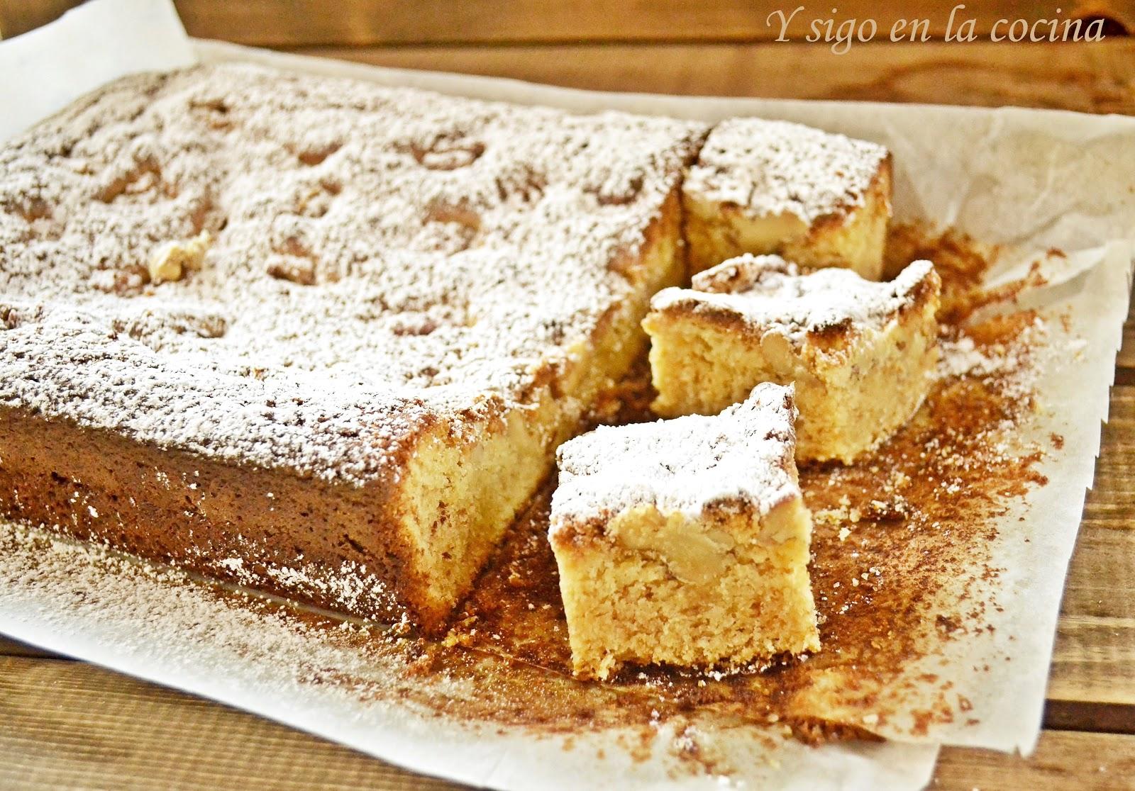 Baño Blanco Thermomix: cocina: Bizcocho al chocolate blanco con nueces y aroma de almendras