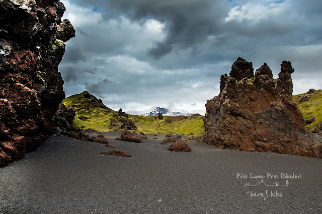 honeymoon-iceland-kirkjufell-snefellsjokull-black-sand-beach-19