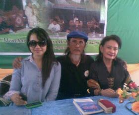 Ica (Riau)-A.Indradi (Banjarbaru)-Yvonne De Fretes (Jakarta/Bogor)