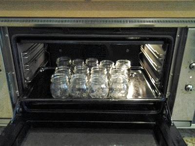 sterilizzare i vasetti per le conserve