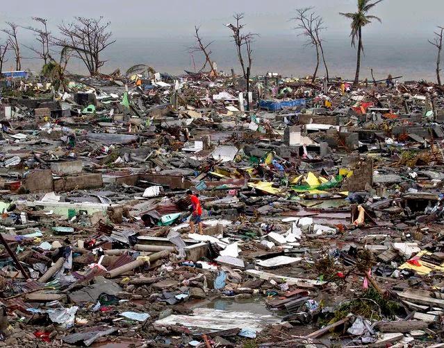 gambar topan hanya filipina
