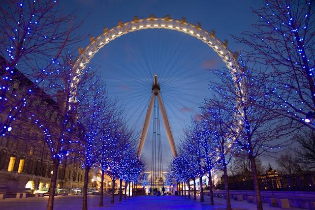 Peluang melancong secara percuma ke negara eropah, london dan paris dengan bisnes premium beautiful corset at london eye