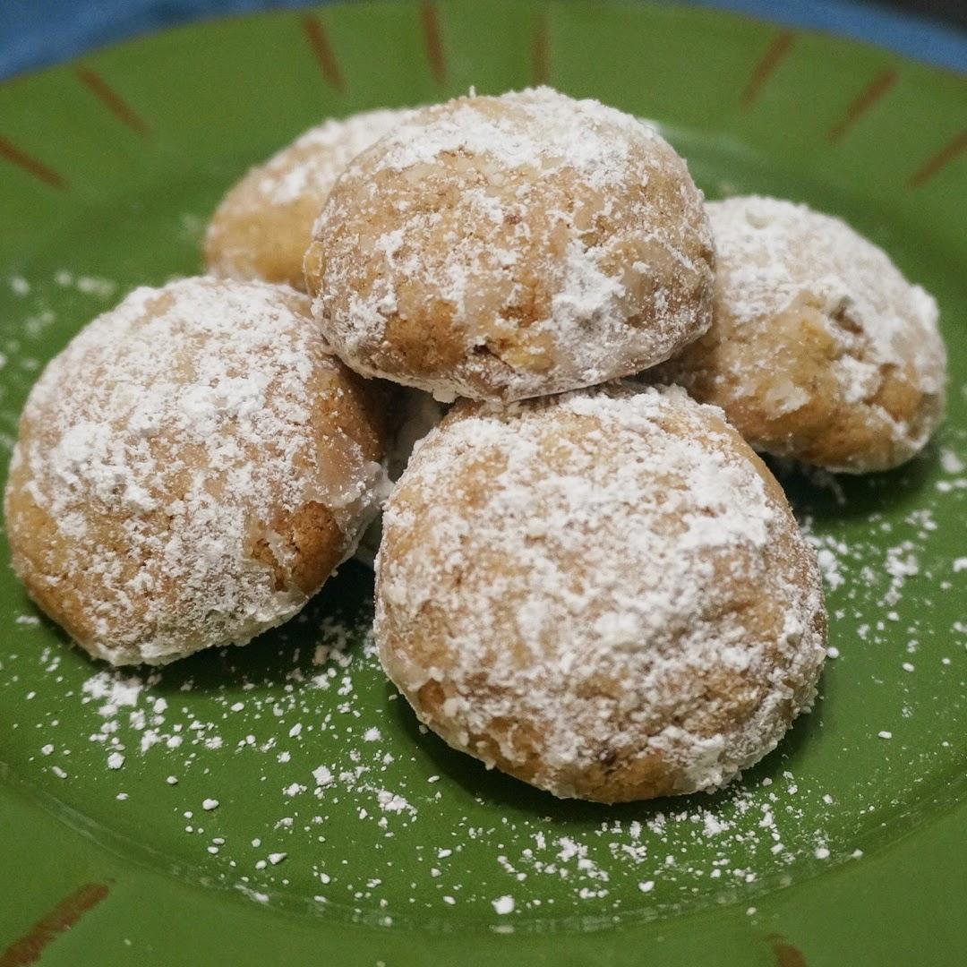 http://cristalee8314.blogspot.com/2014/09/hazelnut-tea-cookies.html