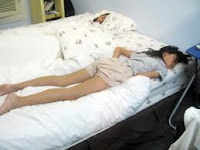 Lucu Ya Gaya Cewek Sedang Tidur