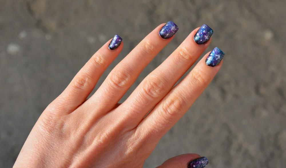 paznokcie w galaktyke