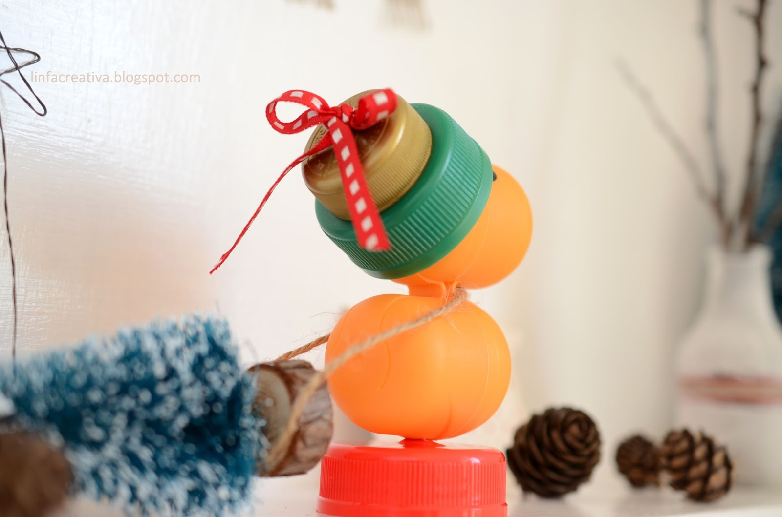 creative recycling and Christmas decor