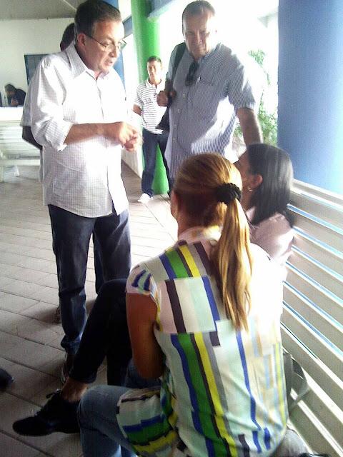 IMAGEM - Governadora do Maranhão, Roseana Sarney, no aeroporto de Bacabal