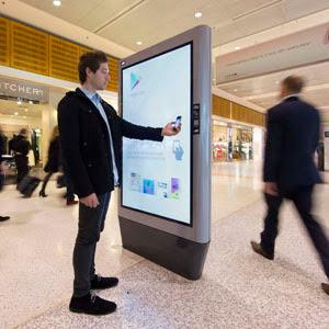 Google Play - Australia - Airport - Digital Outdoor