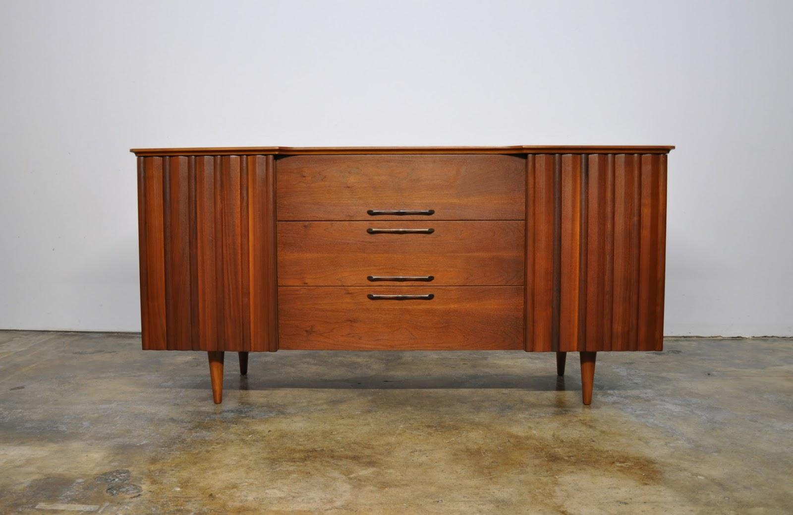 SELECT MODERN: United Furniture Credenza, Bar, Media Console ...