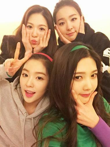 Red Velvet's instagram account