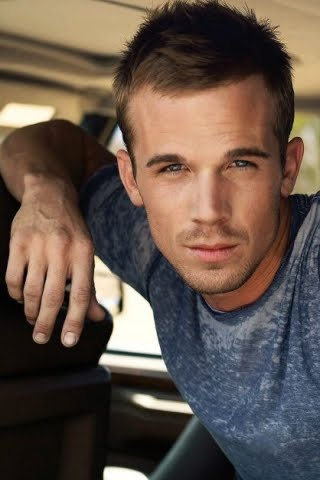 [Image: free-wallpapers-iPhone-download004-cam_gigandet.jpg]