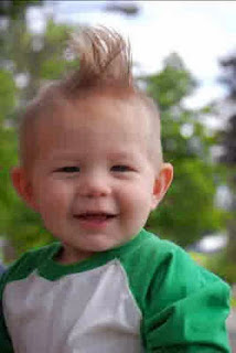 Gaya rambut lucu model pank untuk anak laki-laki
