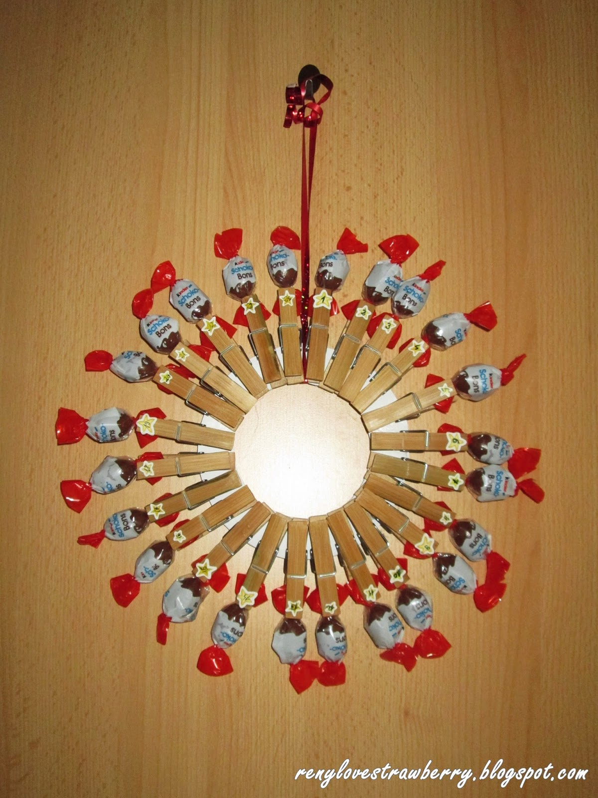 Diy Advent Calendar Wreath : Strawberry love by reny diy clothespins advent calendar