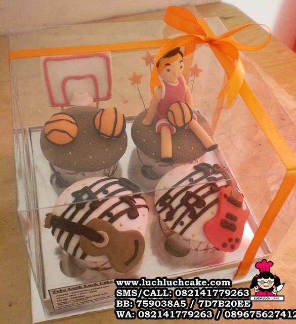 Cupcake Tema Basket dan Gitar Daerah Surabaya - Sidoarjo