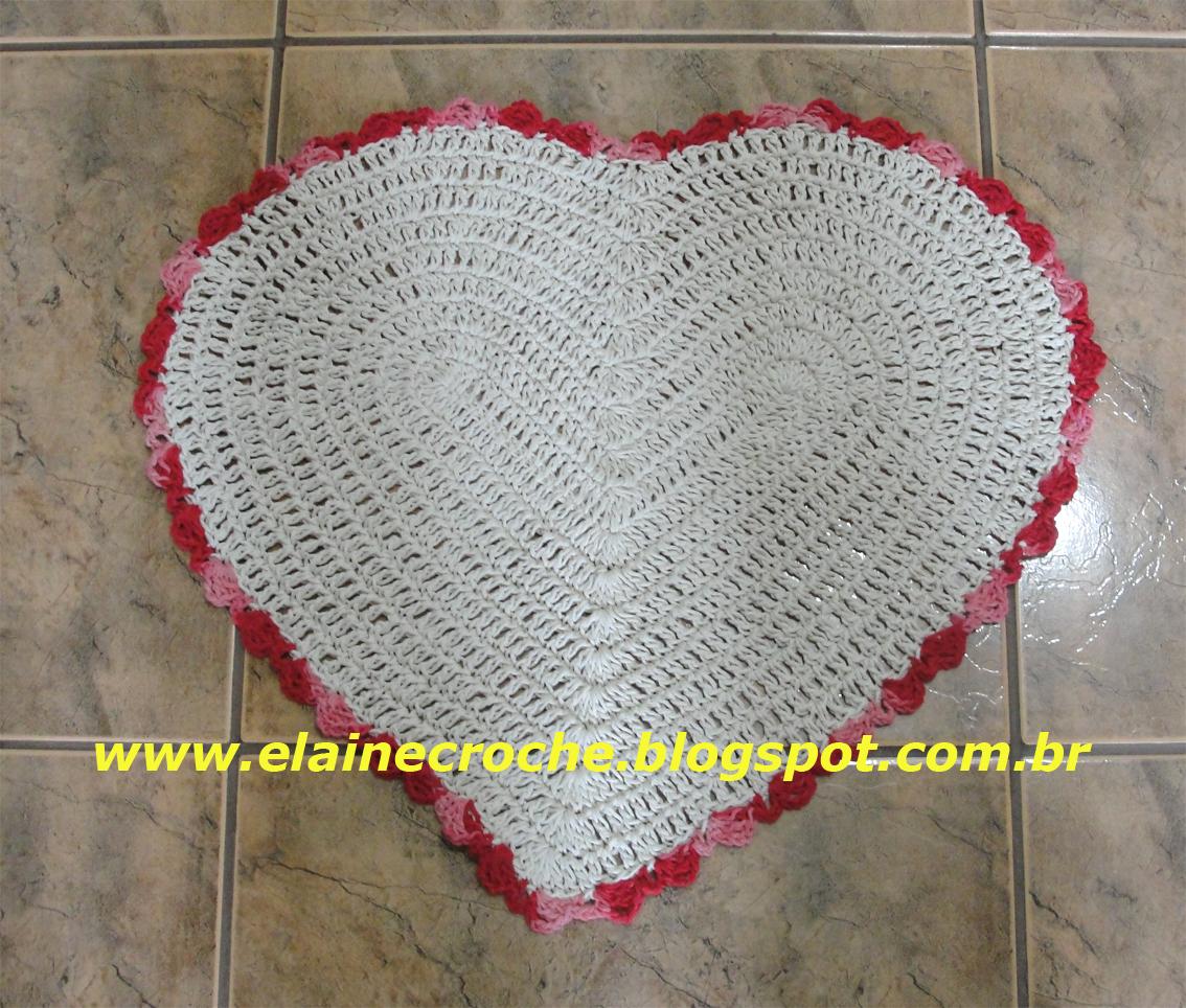 Um Tapete Coração em Crochê é o tema da nossa vídeo aula de hoje.