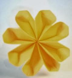 http://translate.googleusercontent.com/translate_c?depth=1&hl=es&rurl=translate.google.es&sl=en&tl=es&u=http://www.origami-fun.com/origami-flower.html&usg=ALkJrhj2CfcTR2IjJ3gAY2dq_jxGZbrg7A